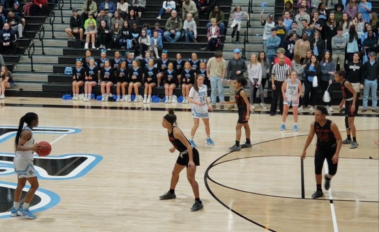Basketball Teams Host Area Tournament