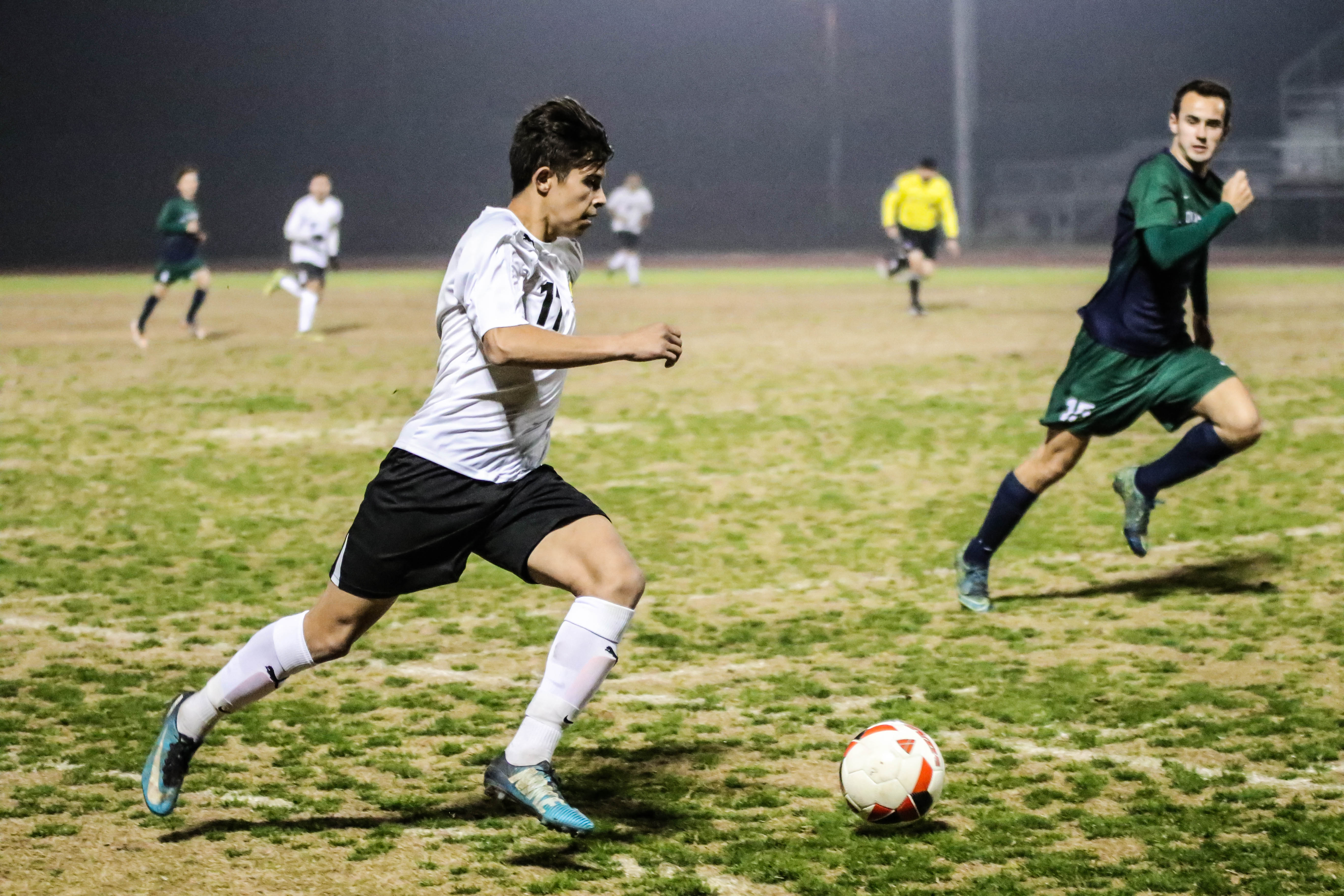 Boys Soccer Upsets Ridgeview in First Round of Playoffs