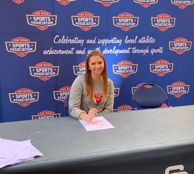 Lauren Gauvin Signs to play at Next Level!