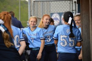 Softball vs Lincoln –  2019
