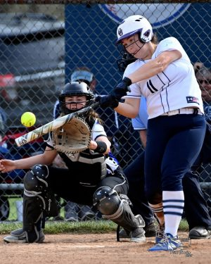 FCHS Softball to Host Invite this Weekend