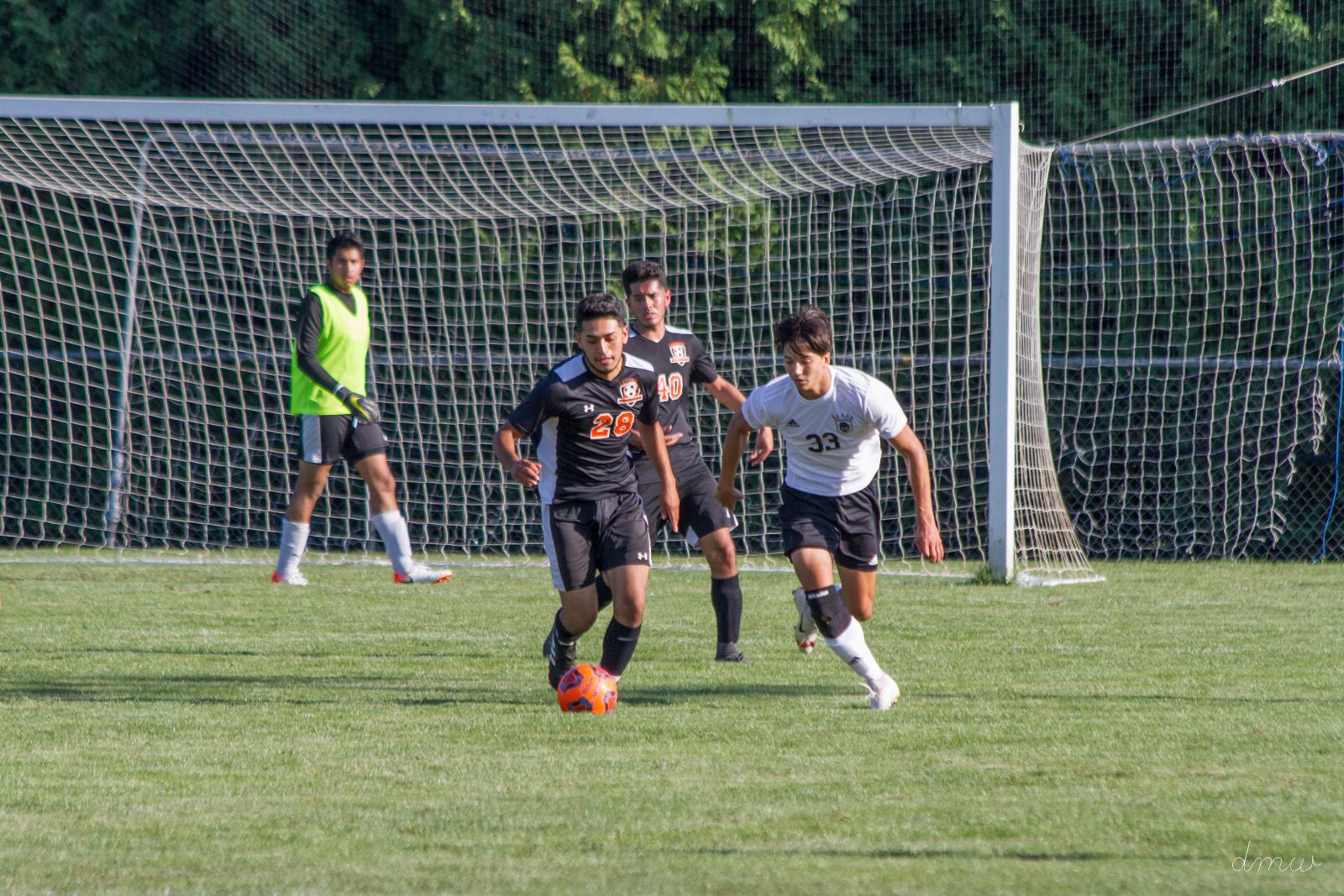 LPHS boys soccer lose at Valpo in PKs