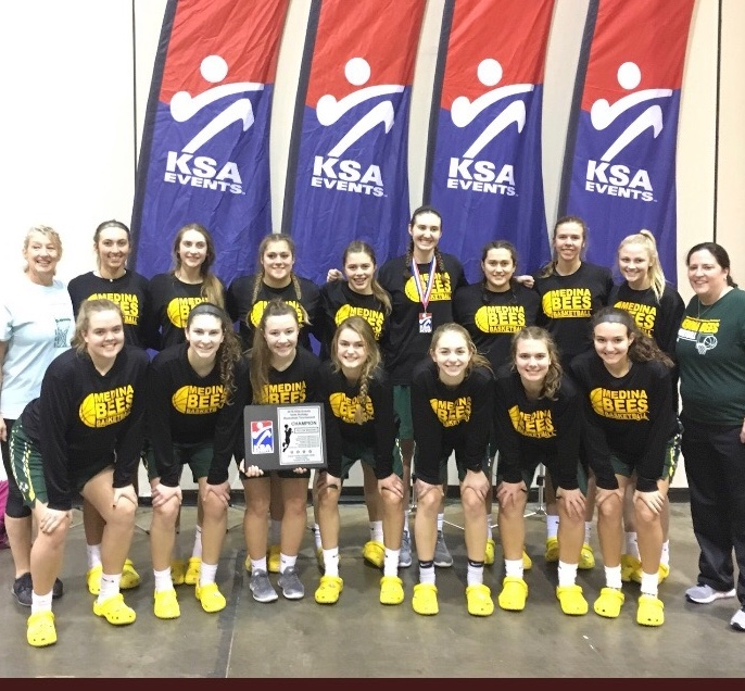 Varsity Girls Basketball to Play at The Q on 1/29