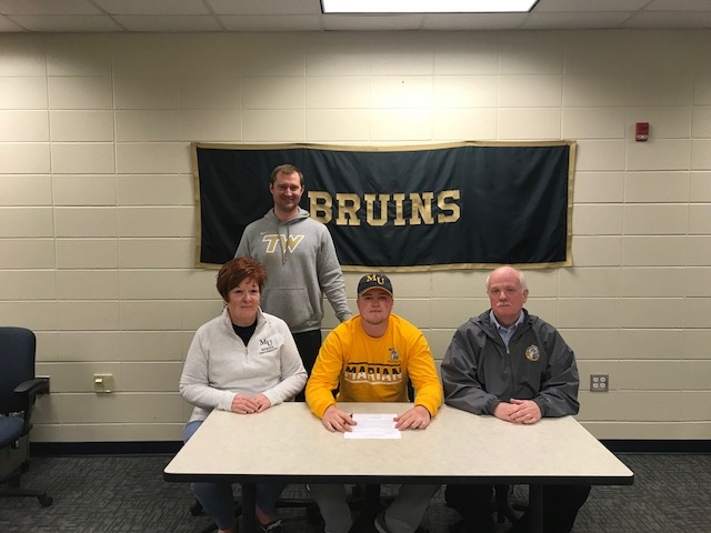 Alex King Signs with Marian University to play football