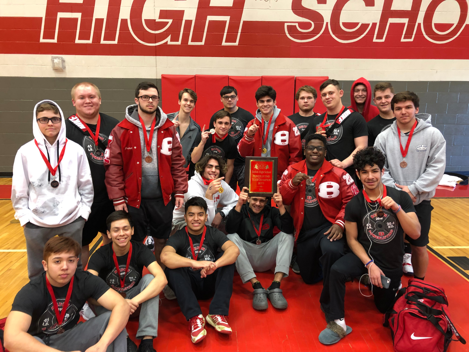 The Boys Powerlifting Team Keeps Gold in Belton