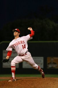 Belton Tiger Baseball vs Midway Photos