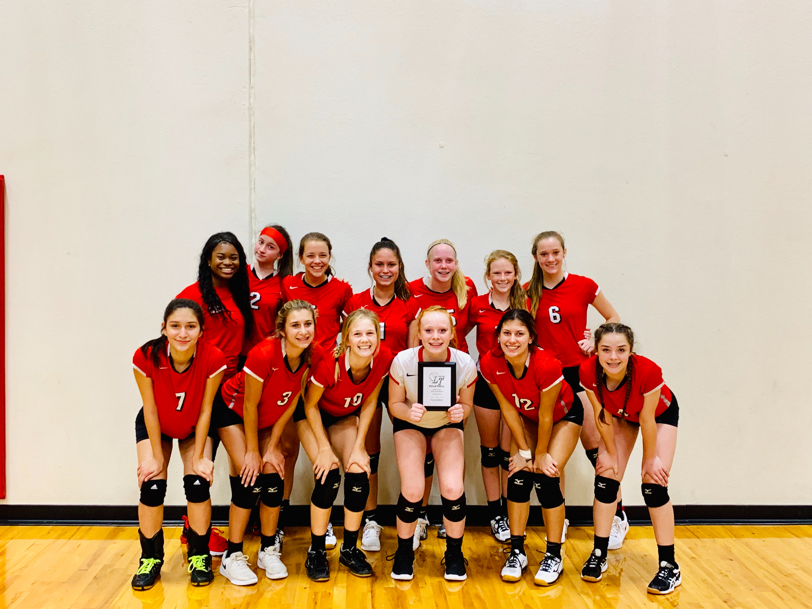 Freshmen Red Take First in Lake Travis' Silver Bracket