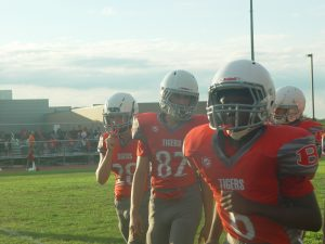 SBMS:8th-grade Football Cages the Bearcats