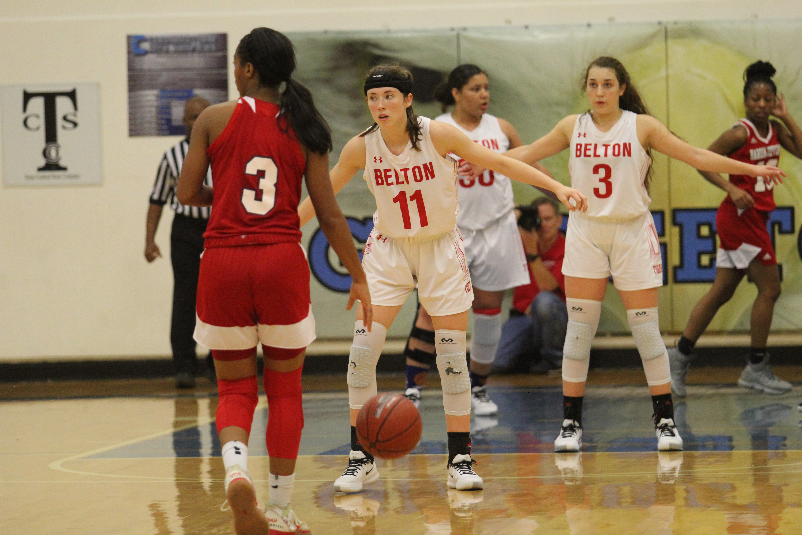 Lady Tigers fall in tight game to Shoemaker, 32-26