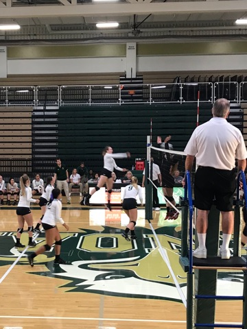 Girls Volleyball defeated Mckinley