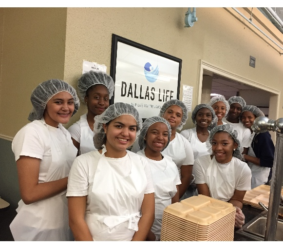 Lady Lions VB team blessed to serve local Dallas Life Homeless Shelter dinner
