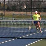 Tennis downs Trojans