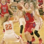 Hole's free throws send Lady Stars home winners