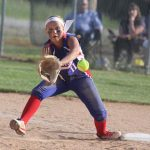 Stars overcome early hole to top Oracles