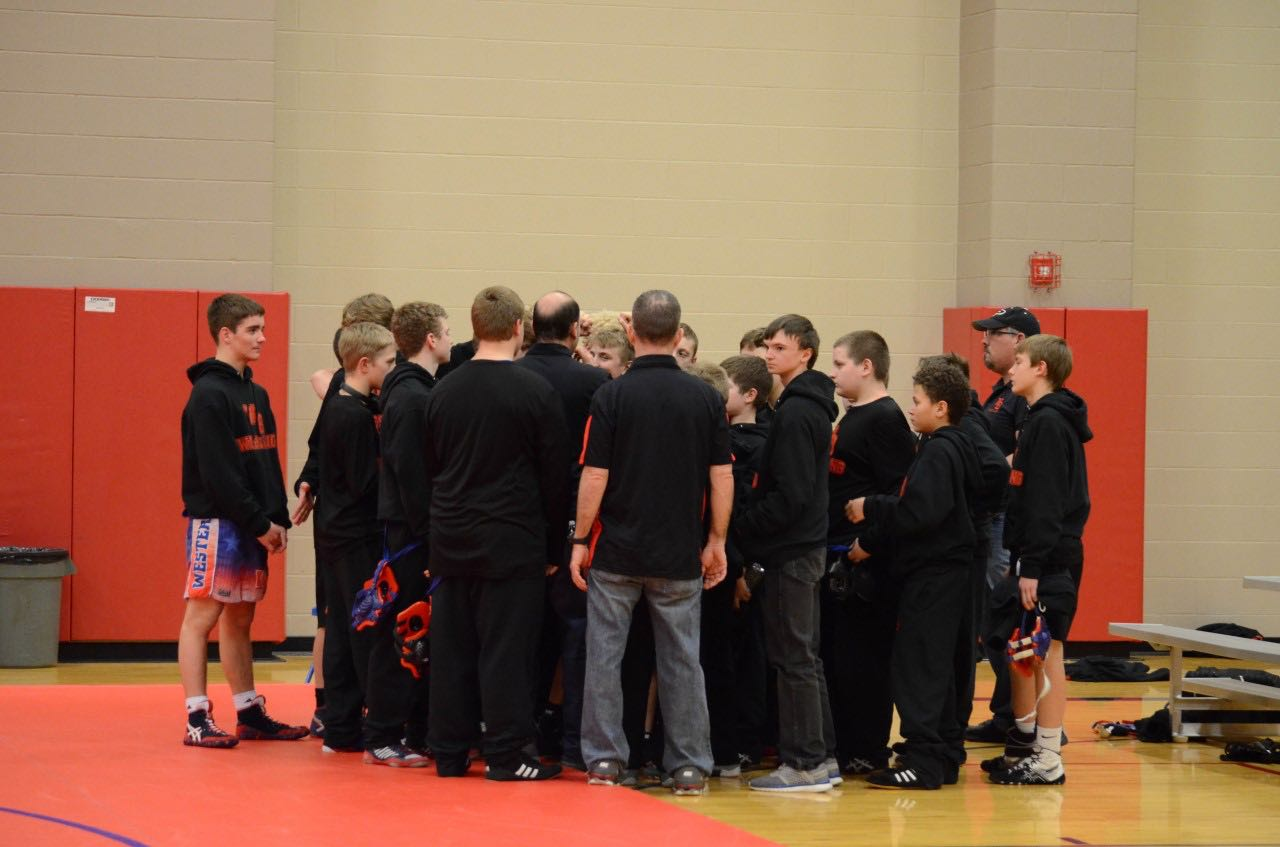 Stars pin Danville in conference play