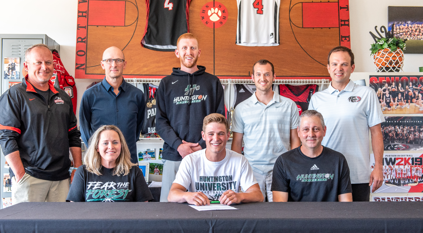 Brock Flickinger signs with Huntington University