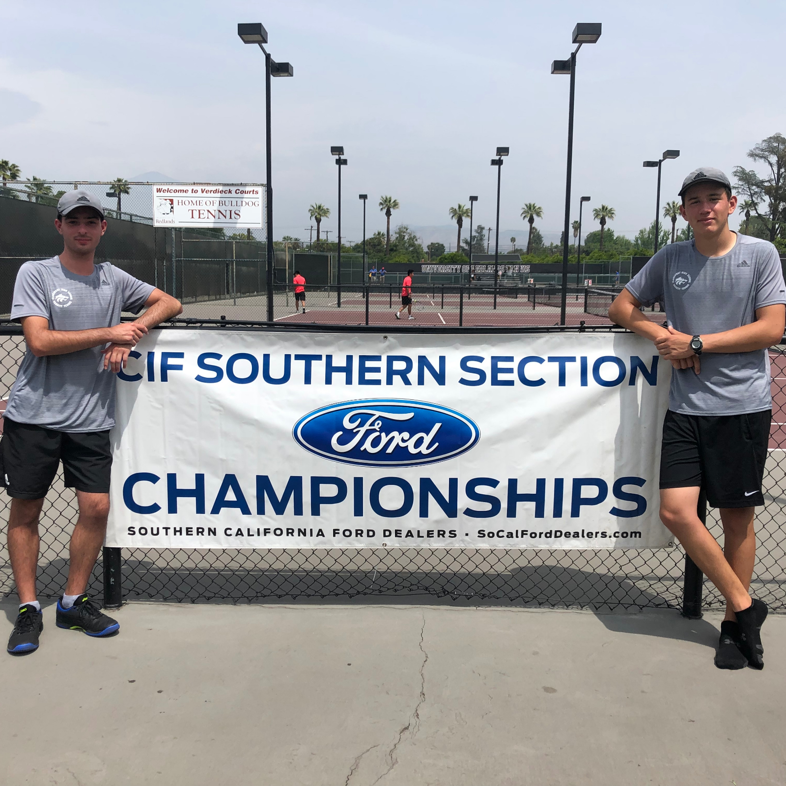 Stapp and Weisman advance to Round of 32