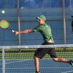 Varsity Tennis falls to HSE