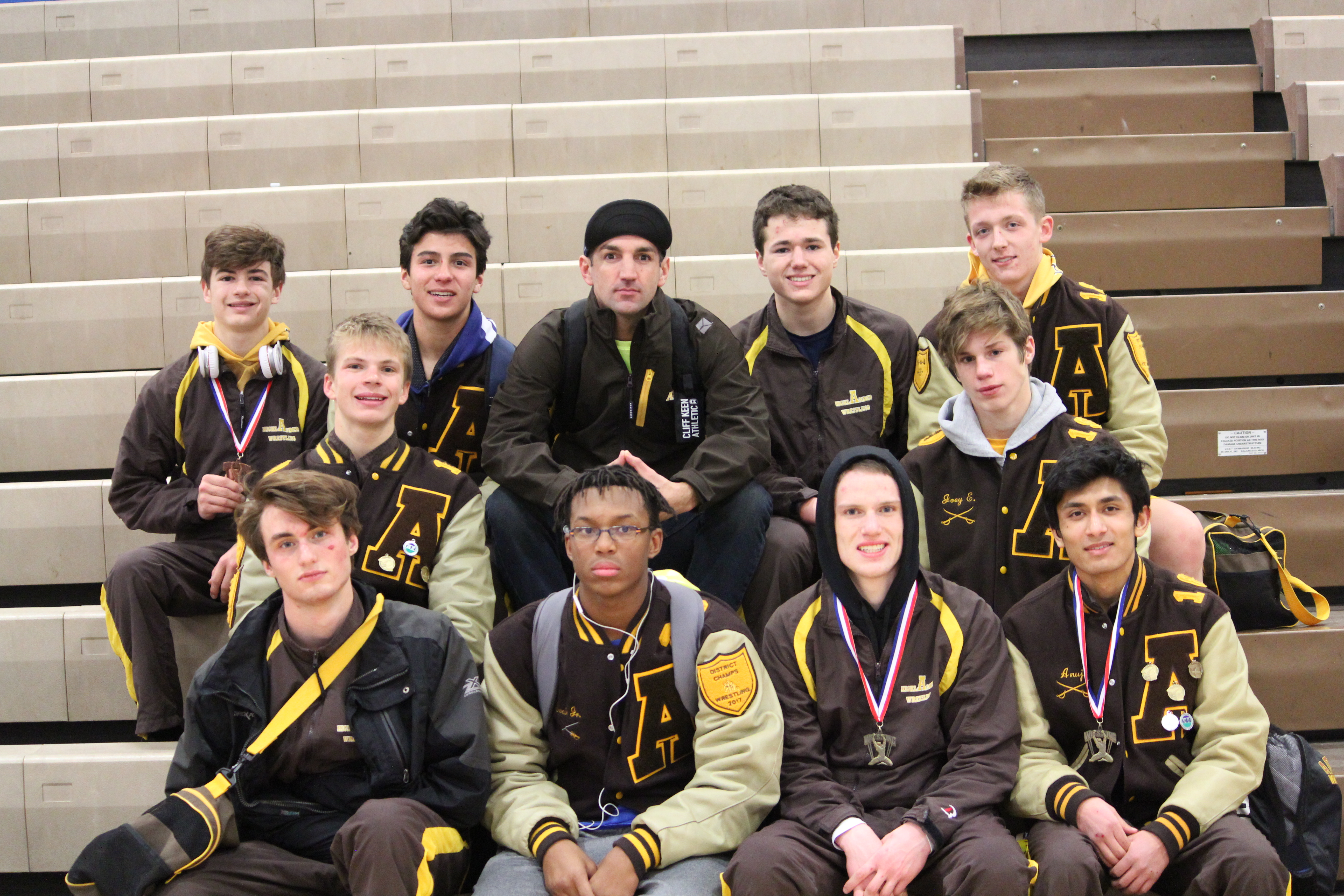 Wrestling Finishes 2nd at Invite