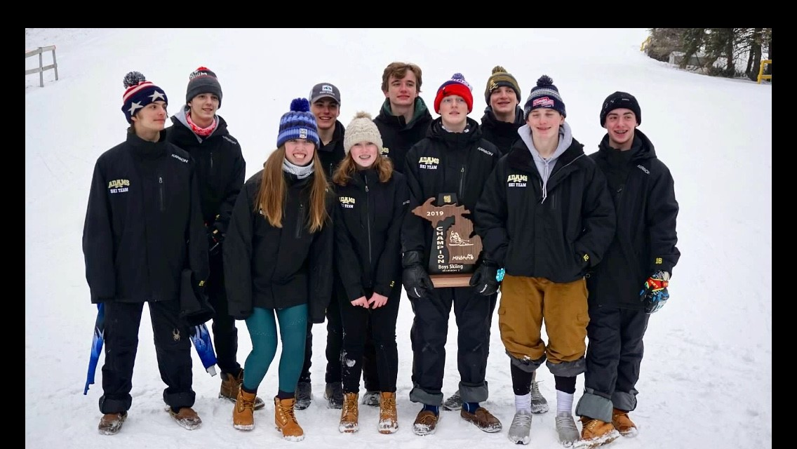 Boys Ski Wins Regional – Two Girls Qualify for States