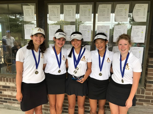 Girls Golf Begins Season With Four Tourney Wins