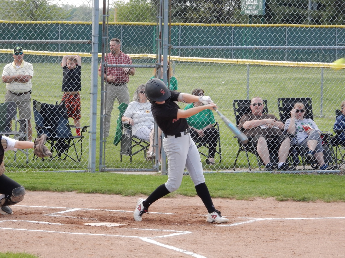 #3 Softball Goes Undefeated In ICC Play; Wins First Title
