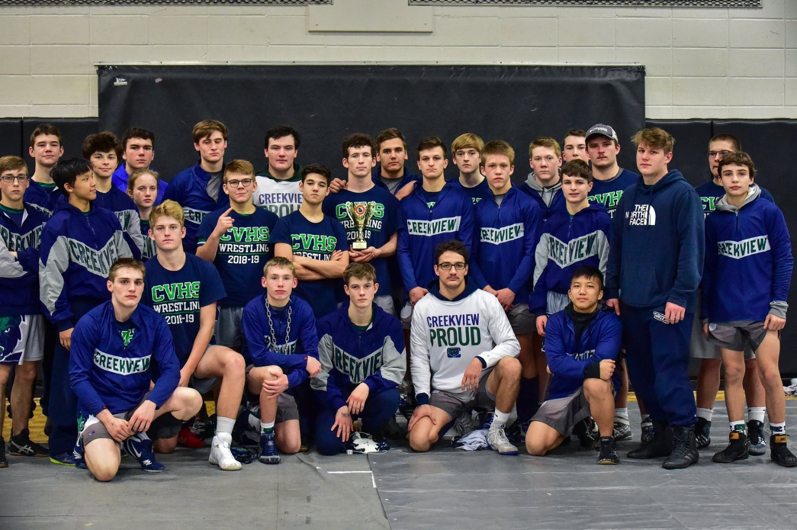 Grizzlies Win Region Duals, Heading to State!!!