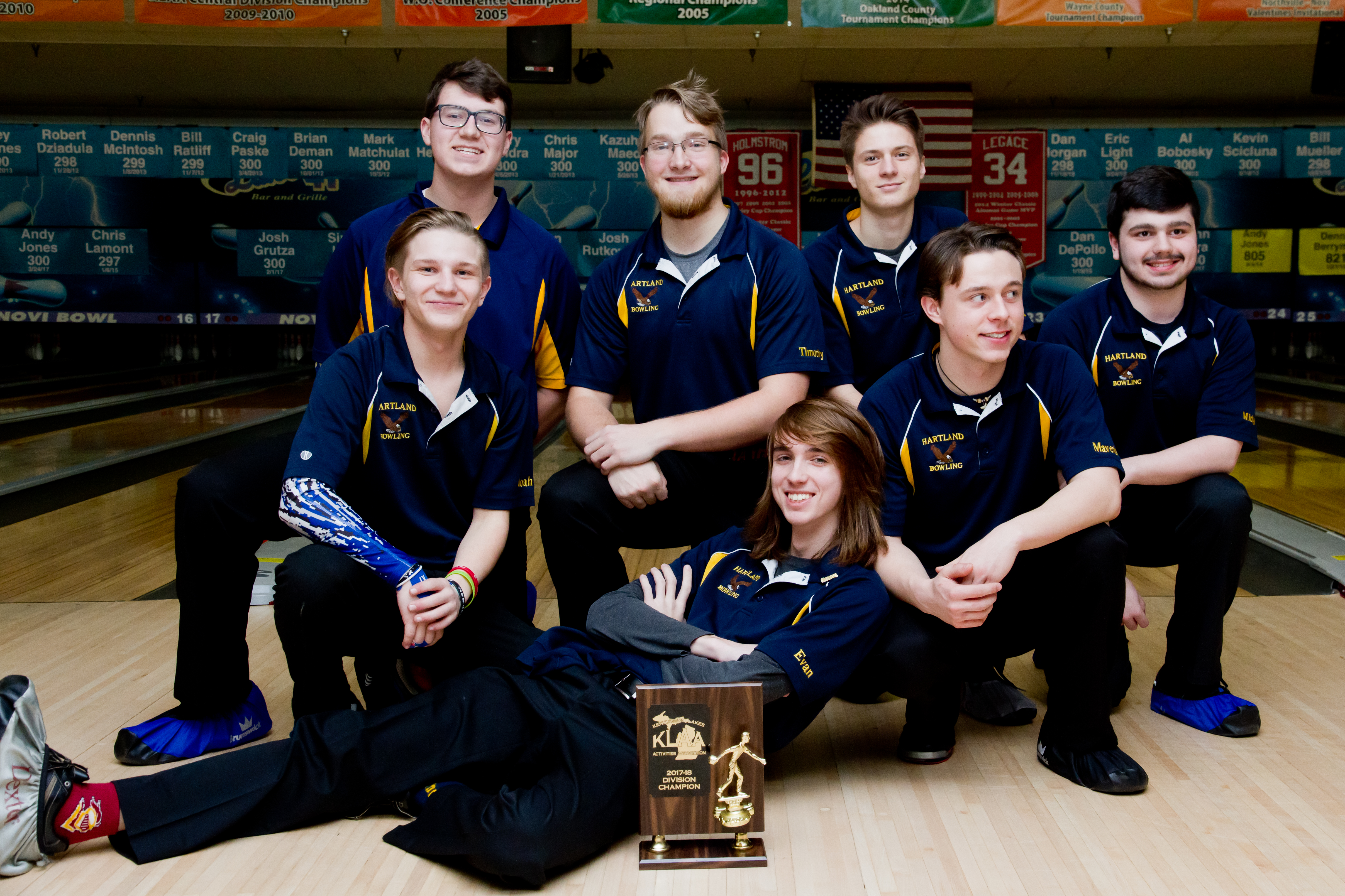 Varsity Boys Bowlers repeat as KLAA Division Champs!