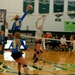 Volleyball Defeats Cloverleaf
