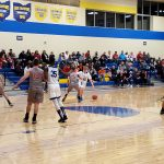 Boys Basketball Splits Pair of Games Over Weekend