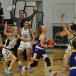 Girls Basketball Falls to Cloverleaf