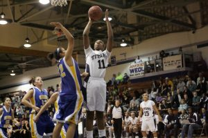 LHS vs Clearview – Girl's Basketball – 2011