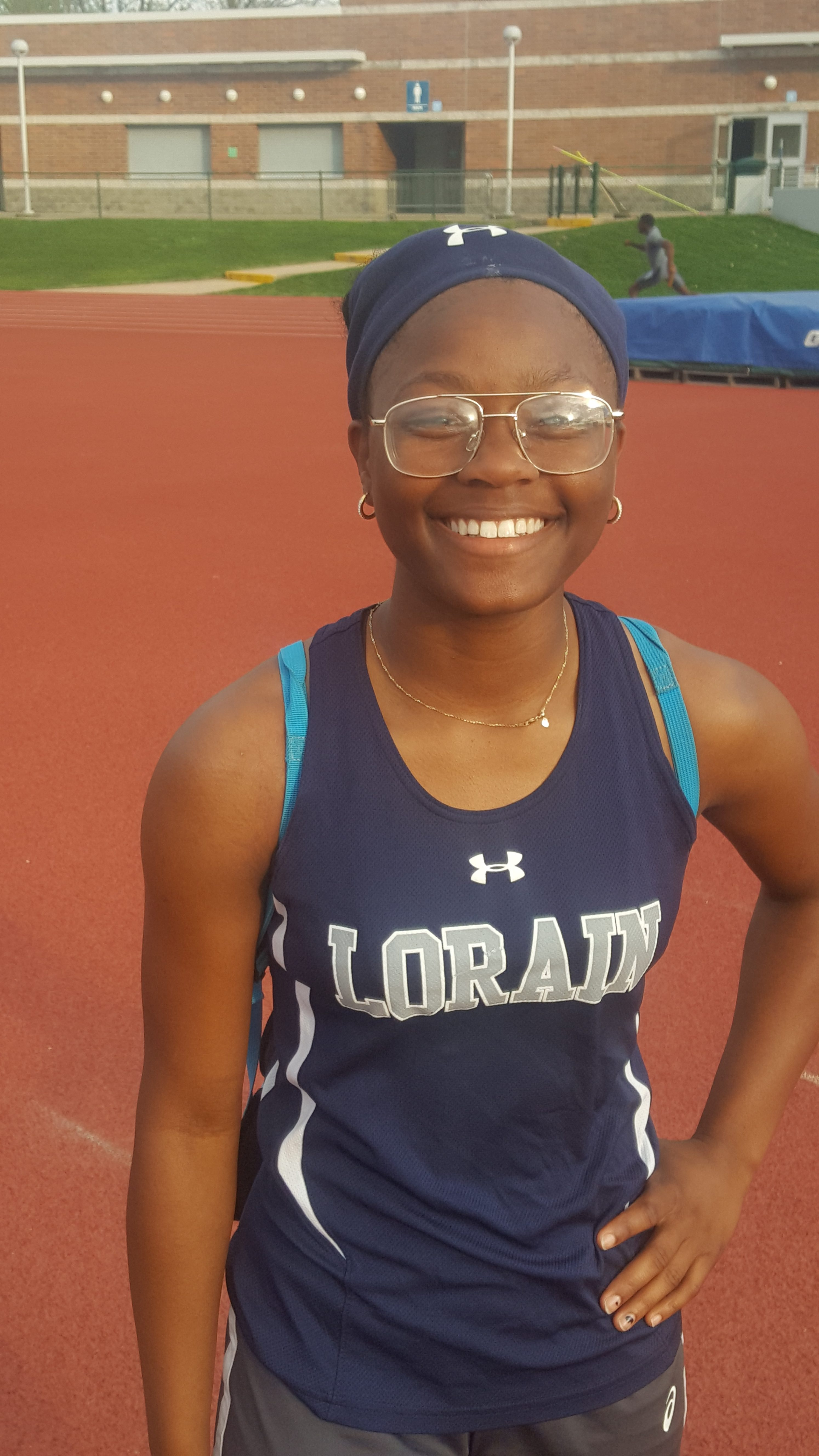 Freshman Mikiya Hermon finishes 3rd in Regional final to punch her ticket to the State Meet
