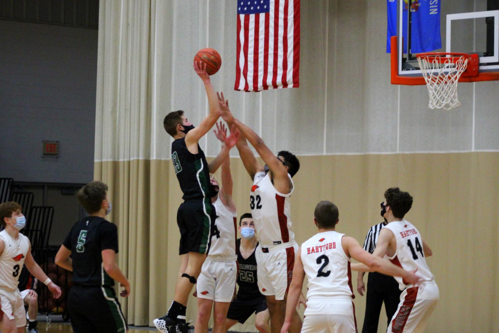 Varsity Boys Basketball (1-9-21) – courtesy of Leffel