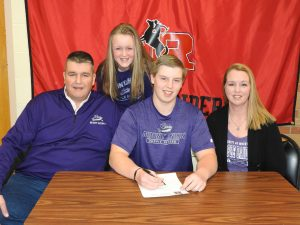 Bill Wolford Signing Pictures – Mount Union
