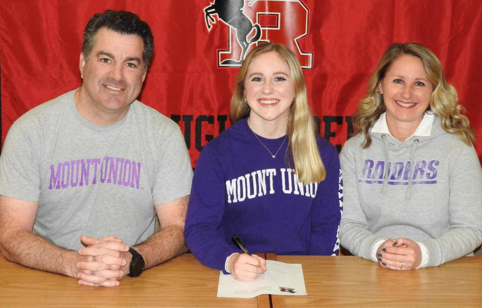 Courtney Kenworthy Commits to Mount Union