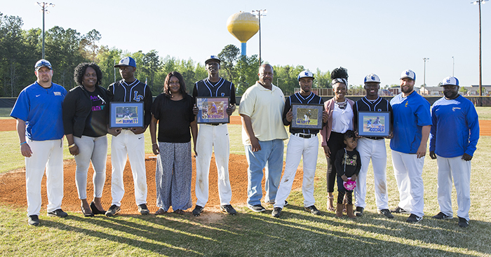 Baseball, Softball Honor Seniors