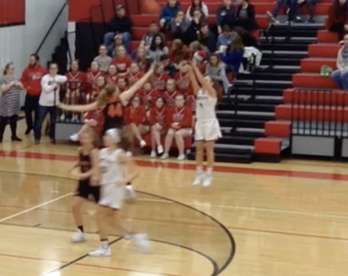 Varsity girls beat Grant, 71-25, as Jenna Harrison hits eight three-pointers
