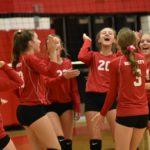 Freshmen volleyball finish week 4-1