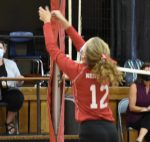 8th Grade Volleyball Defeats White Cloud