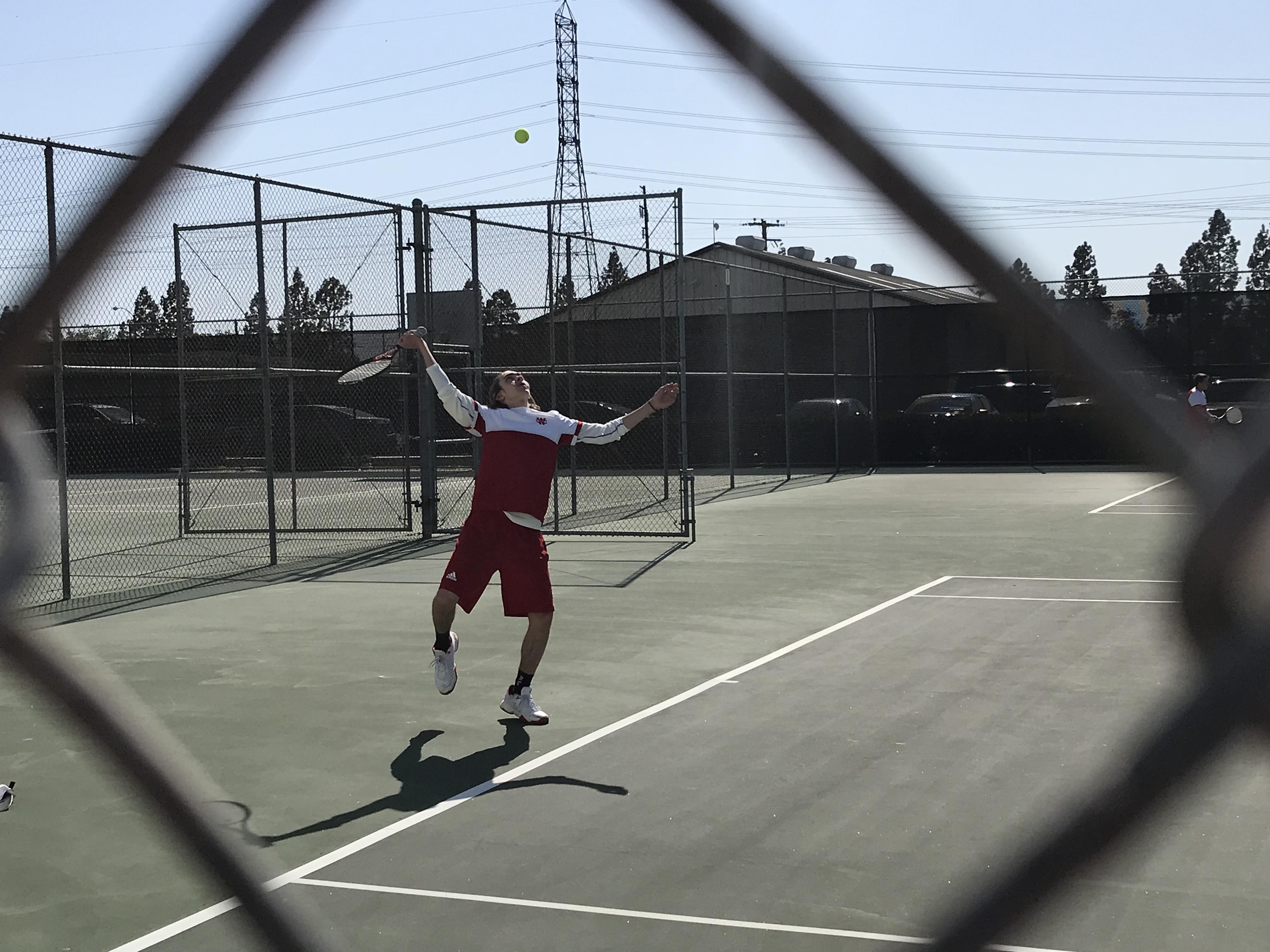 Boys Tennis Defeats Fairmont Prep 10-8