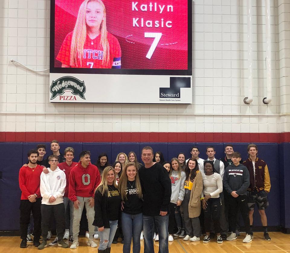Katlyn Klasic signs with Tiffin University