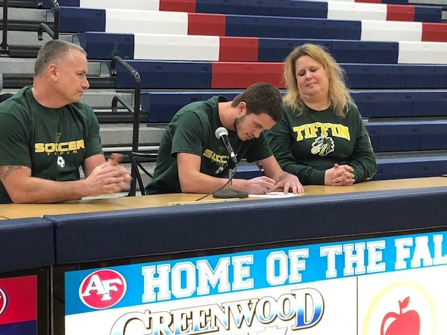 Zachary Glavic signs to Tiffin University for Soccer