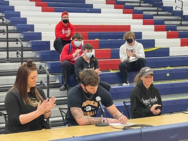 Jaden Murray Signs Letter of Intent to Ohio Dominican