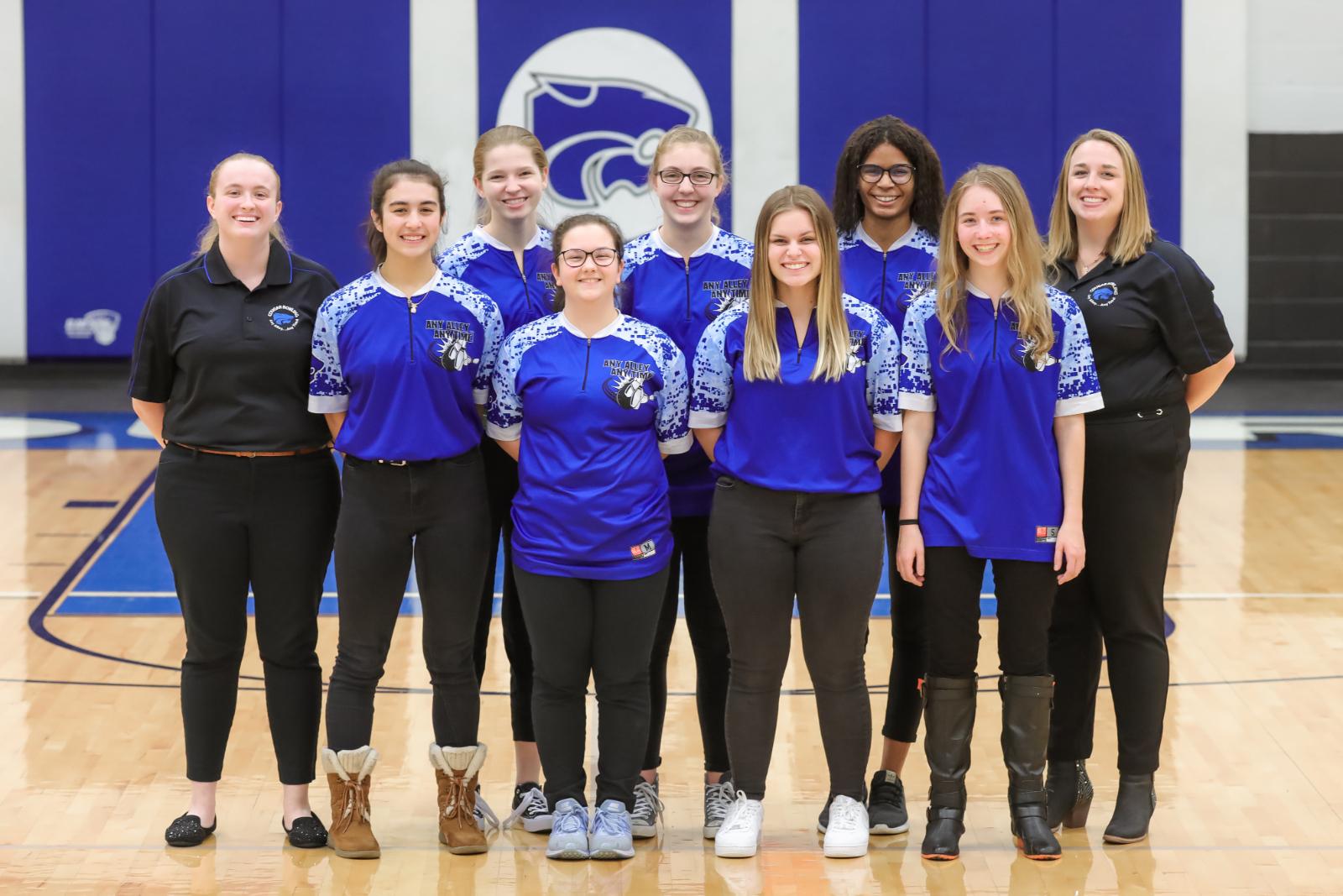 Varsity Girls Bowling progresses to districts!