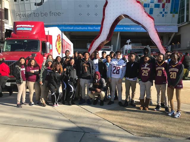 Blade Athletics Partner with Washington Redskins During Annual Harvest Feast!