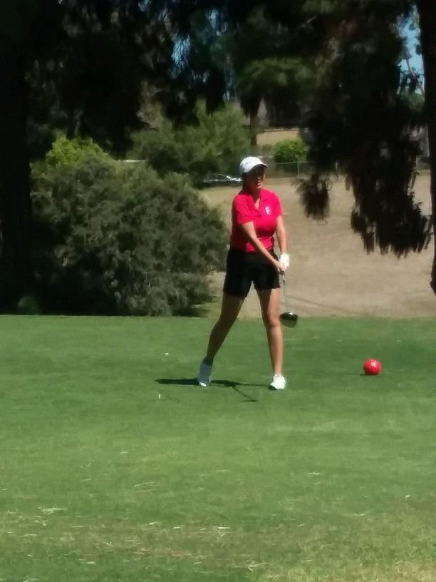 Girls Varsity Golf beats Buena Park 263 – 309