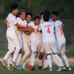 Boy's soccer beats La Habra 3-1 to go 6-0 in League