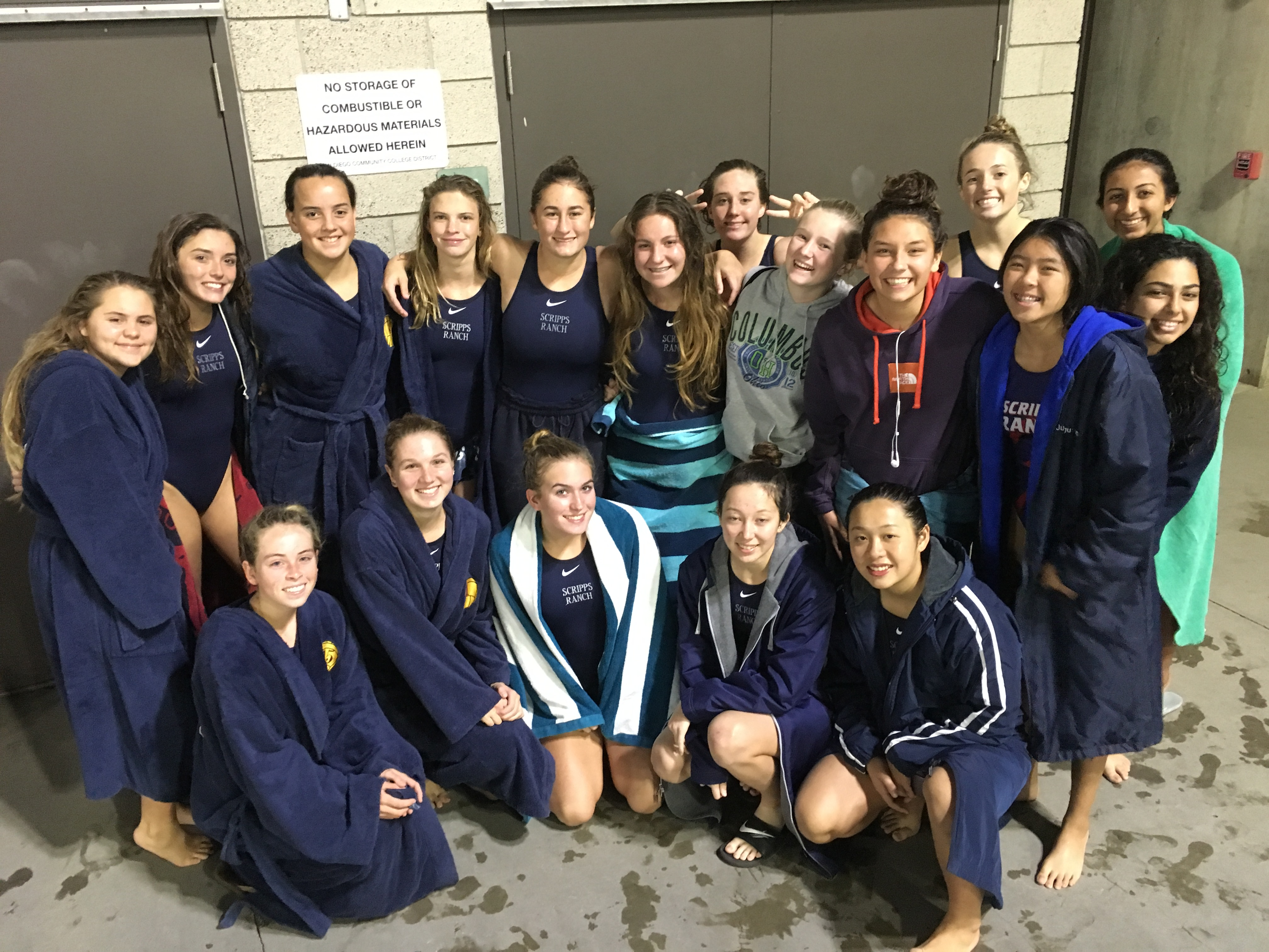 Girls Varsity Water Polo Beat San Marcos