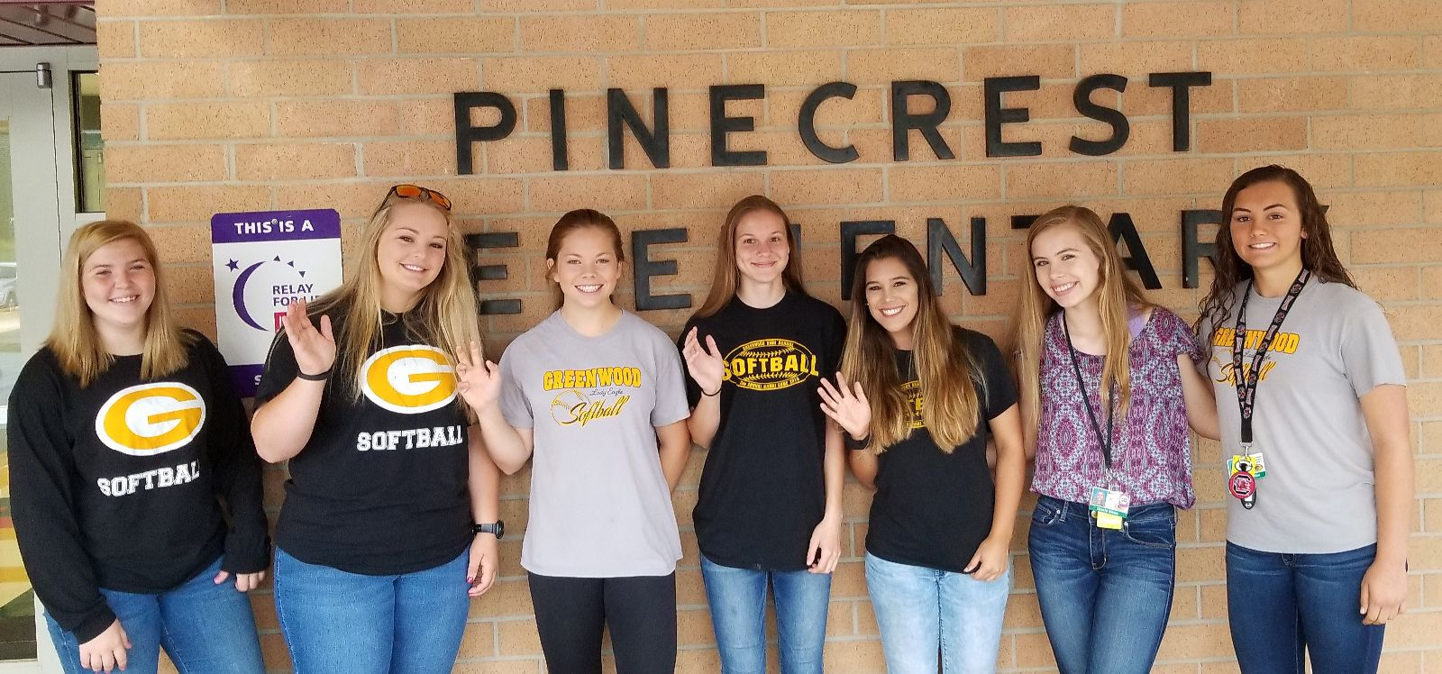 Softball Greets Students at Pinecrest Elementary